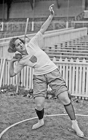 Maud Rosenbaum - Rosenbaum at the 1922 Women's World Games