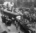 Mauritskade (bij Tropenmuseum). Botsing tram met vrachtauto van Koeneman & Zonen, Bestanddeelnr 907-9223.jpg