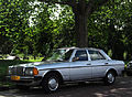 Mercedes-Benz 200 D (9496000196).jpg