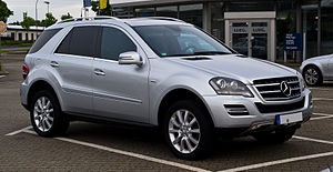 Mercedes-Benz ML 350 CDI 4MATIC Grand Edition (W 164, Facelift) – Frontansicht (1), 17. Mai 2012, Velbert.jpg