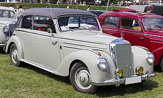 "Mercedes-Benz W187 - Mercedes-Benz 220 ""Cabriolet B"" W187"