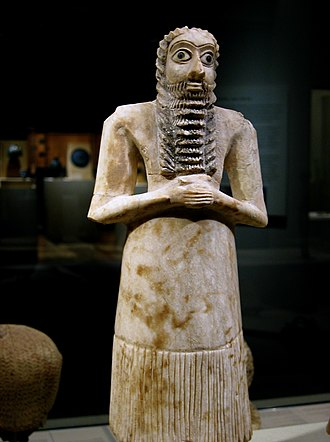 Mesopotamia - Alabaster with shell eyes, Sumerian male worshiper, 2750–2600 BC
