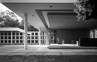 Peter L. Gluck - Mies House First Addition