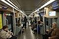 Milán, Lodi, vlak metra uvnitř.jpg