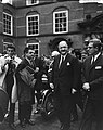 Ministersconferentie van de West Europese Unie in Den Haag aankomst ministers R, Bestanddeelnr 915-6712.jpg