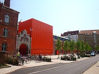 Moderna Museet Malmö - Moderna Museet Malmö with the new annex (orange).