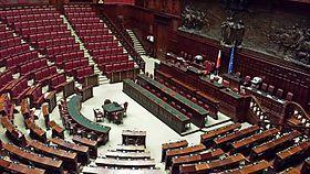 https://upload.wikimedia.org/wikipedia/commons/thumb/3/37/Montecitorio_Aula.jpg/280px-Montecitorio_Aula.jpg