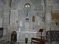 Montpeyroux (63) église autel SE.JPG