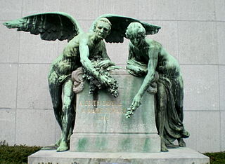 320px-Monument_Cavell-Depage_Bxl.JPG