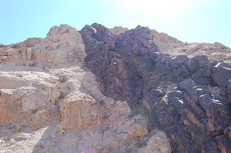 File:Moonlandscape, Namibia (3078240246).jpg