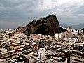 Morro do Cantagalo at dawn (4586427912).jpg