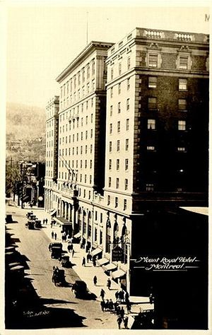 Les Cours Mont-Royal - The Mount Royal Hotel in 1925.