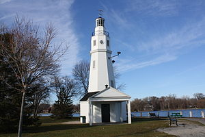 Neenah, Wisconsin - Neenah Light on the Fox River