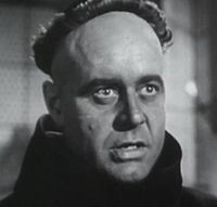 Niall MacGinnis in Martin Luther (1953).jpg