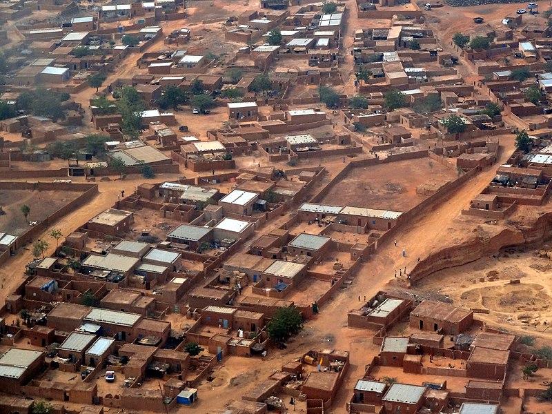 File:Niamey from the sky.jpg