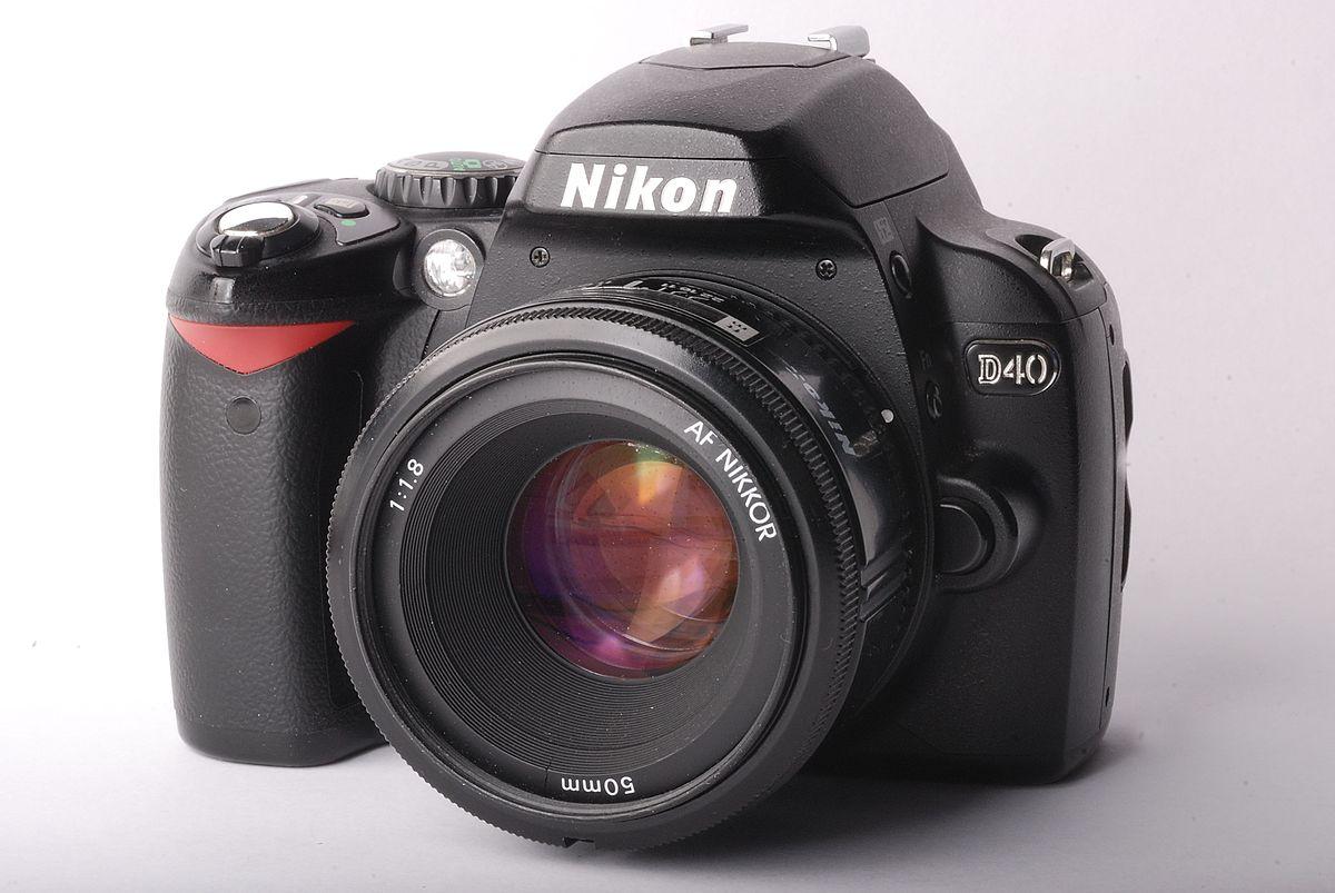 Nikon D40 - Wikipedia