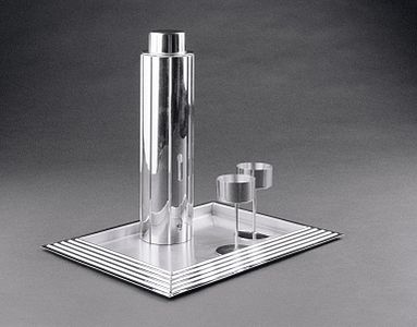 Norman Bel Geddes. Cocktail Set. 1937..jpg