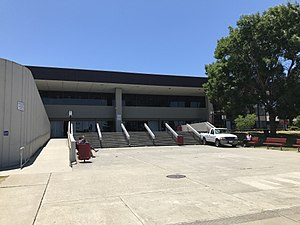 Northgate High School (Walnut Creek, California) - Image: Northgate Main Entrance