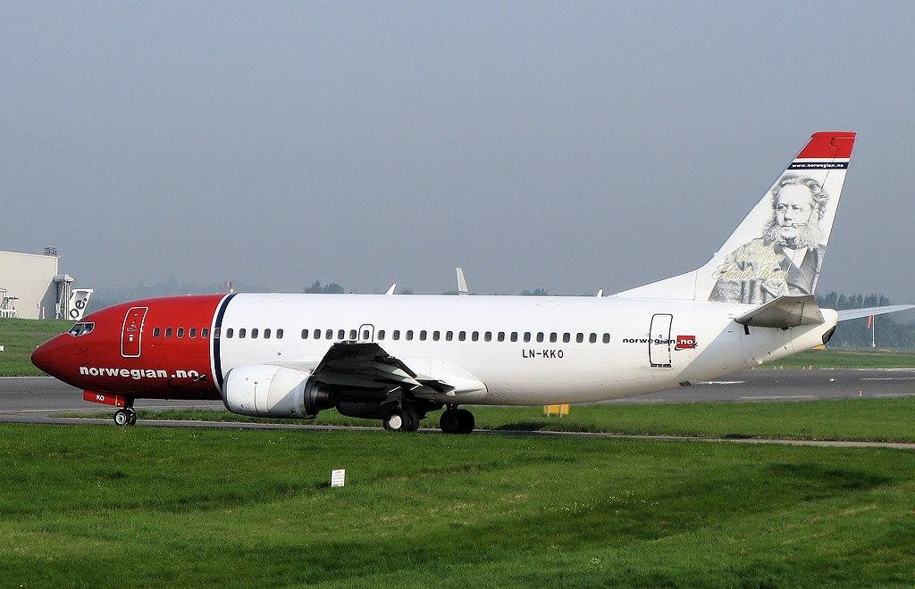 Norwegian air shuttle b737-300 ln-kko arp