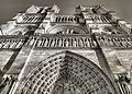 Notre Dame de Paris (20126255143).jpg