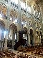 Noyon (60), cathédrale Notre-Dame, nef, 5e-10e travée, vue diagonale vers le nord-est.jpg