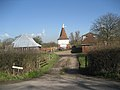 Oast House at Tearnden Farm, Smarden Road, Bethersden, Kent - geograph.org.uk - 368031.jpg