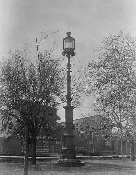 File:Old Harbor Beacon in 1934, Savannah (Chatham County, Georgia).jpg