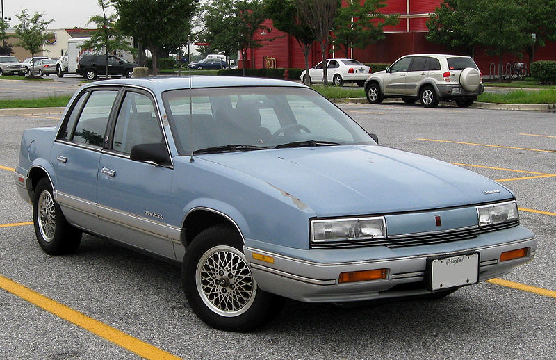 File:Oldsmobile Cutlass Calais -- 08-28-2009.jpg