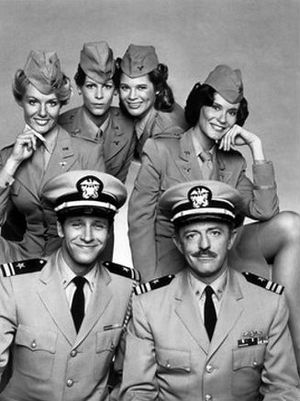 Operation Petticoat - The television cast: back, from left: Dorrie Thomson, Jamie Lee Curtis, Melinda Naud, Bond Gideon. Front, from left: Richard Gilliland, John Astin.