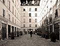 P1240793 Paris VI rue Cherche-Midi n86 cour rwk.jpg