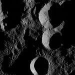 PIA20875-Ceres-DwarfPlanet-Dawn-4thMapOrbit-LAMO-image153-20160528.jpg