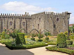 Episcopal Palace, Braga - A view of the archiepiscopal palace of Braga as seen from the garden of Santa Bárbara