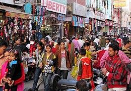 Paltan Bazaar Crowds (5275269340)