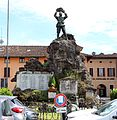 Pandino, monumento ai caduti.jpg