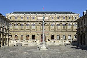 École nationale supérieure des Beaux-Arts cover