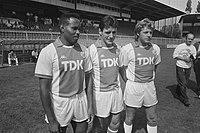 Persdag Ajax v.l.n.r. de nieuwe spelers Henny Meijer, Frank Stapleton en Jan Sorenson, Bestanddeelnr 934-0324.jpg