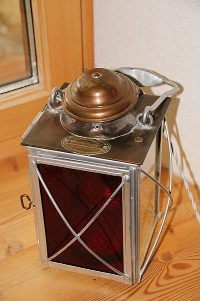 Datei:Petroleumlampe Gotthardbahn von F. Merker & Cie 1896.jpg