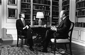 Tom Brokaw - Brokaw interviewing President Gerald Ford in 1976