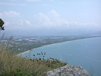 Fondi - The Fondi seaside and plain towards Terracina.