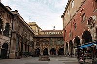 Piazza mercanti Milano.JPG