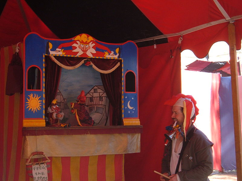 File:Piccolo Puppet Players at Norcal Ren Faire 2010-09-19 9.JPG