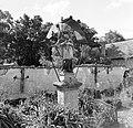 Pilismarót 1962, Nepomuki Szent János-szobor. Fortepan 1901.jpg