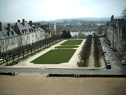 Place de la repulique nevers.JPG