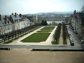 Place de la République in Nevers.