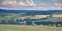 Pohled na obec od severozápadu, Krhov, okres Blansko.jpg