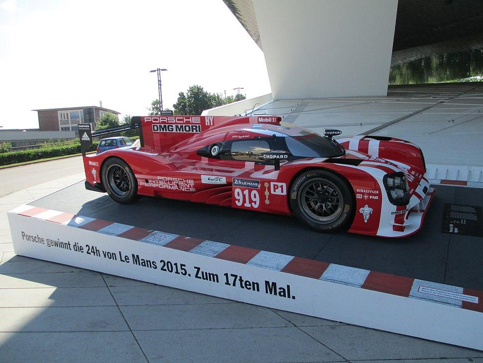Porsche-Museum (2009) (1)