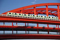 神戸新交通ポートアイランド線 2回目の軌道切替工事に伴い終日運休、バスにて代替輸送