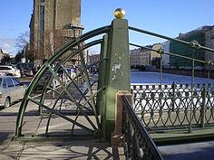 Квадранты и обелиски опор моста