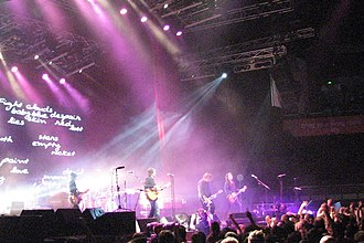 """I Don't Remember - Powderfinger performing """"I Don't Remember"""" on the Across the Great Divide tour."""
