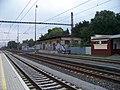 Praha-Horní Počernice, nákladiště, z nástupiště.jpg